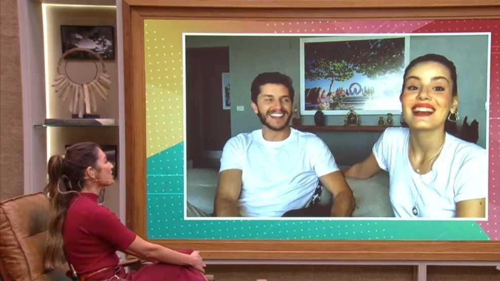 Patrícia Poeta entrevistou Klebber Toledo e Camila Queiroz no É de Casa