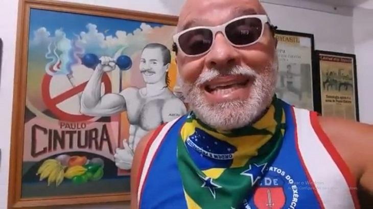 """Paulo Cintura defende Bolsonaro: \""""As pessoas não entendem amizade pura e sincera\"""""""