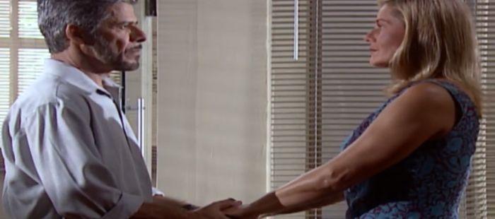 Laços de Família: Pedro e Helena se acertam e planejam revelar o grande segredo