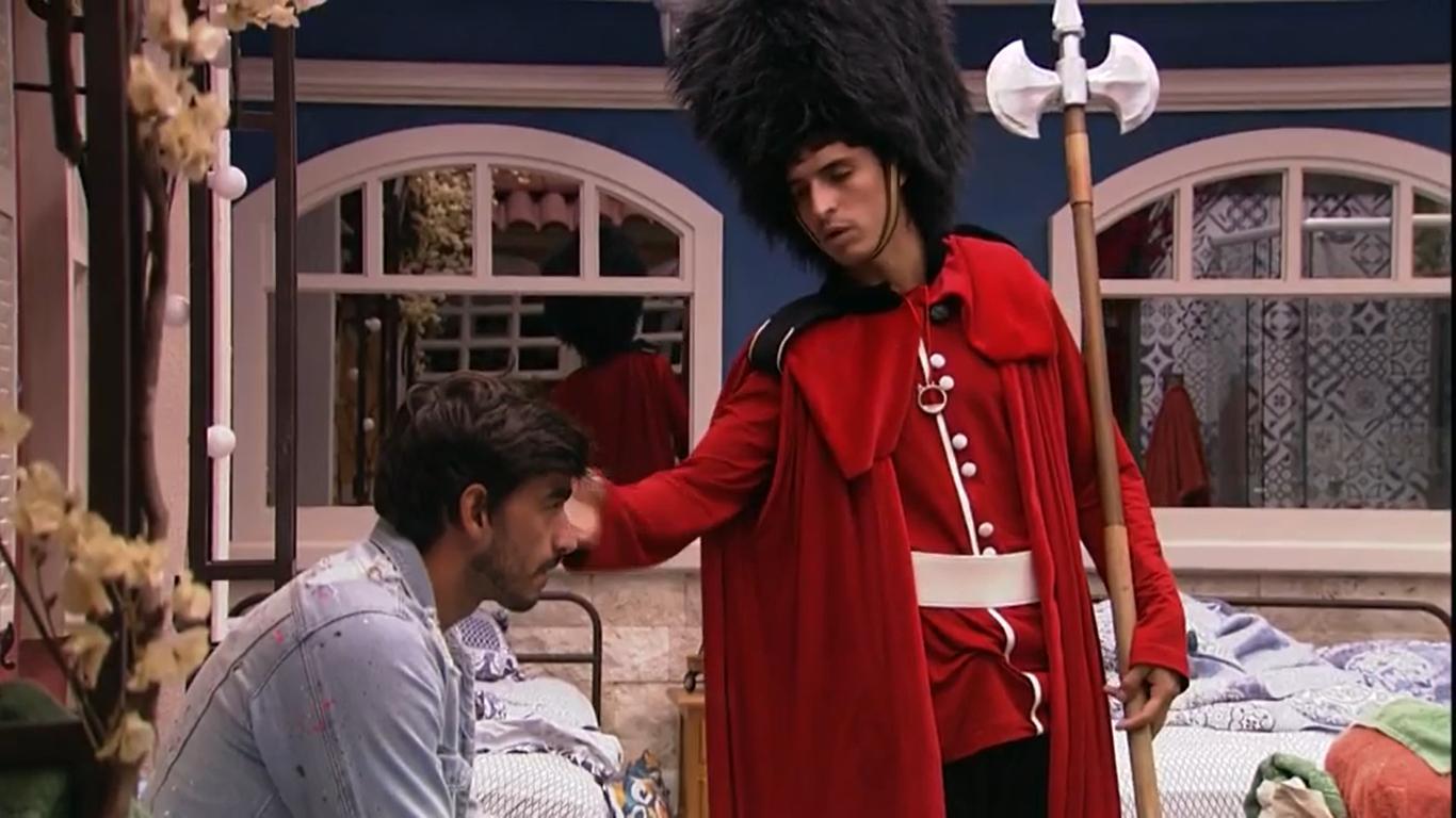 Felipe Prior e Guilherme conversam no BBB20