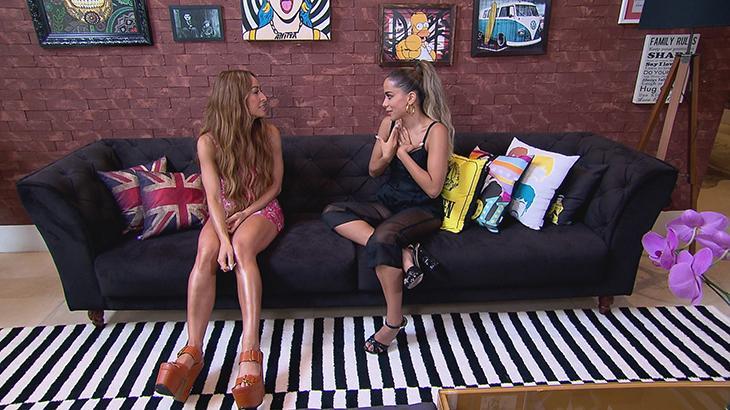 Anitta fala sobre casamento, alimentação e confessa que já ficou dois dias sem tomar banho