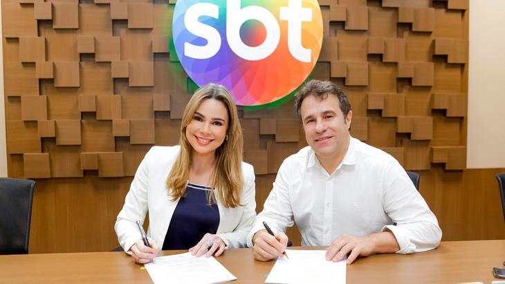 Rachel Sheherazade renova contrato com o SBT