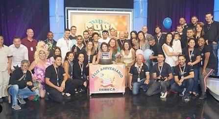 Aniversariante do dia, Rebeca Abravanel consolida carreira de apresentadora em 2018