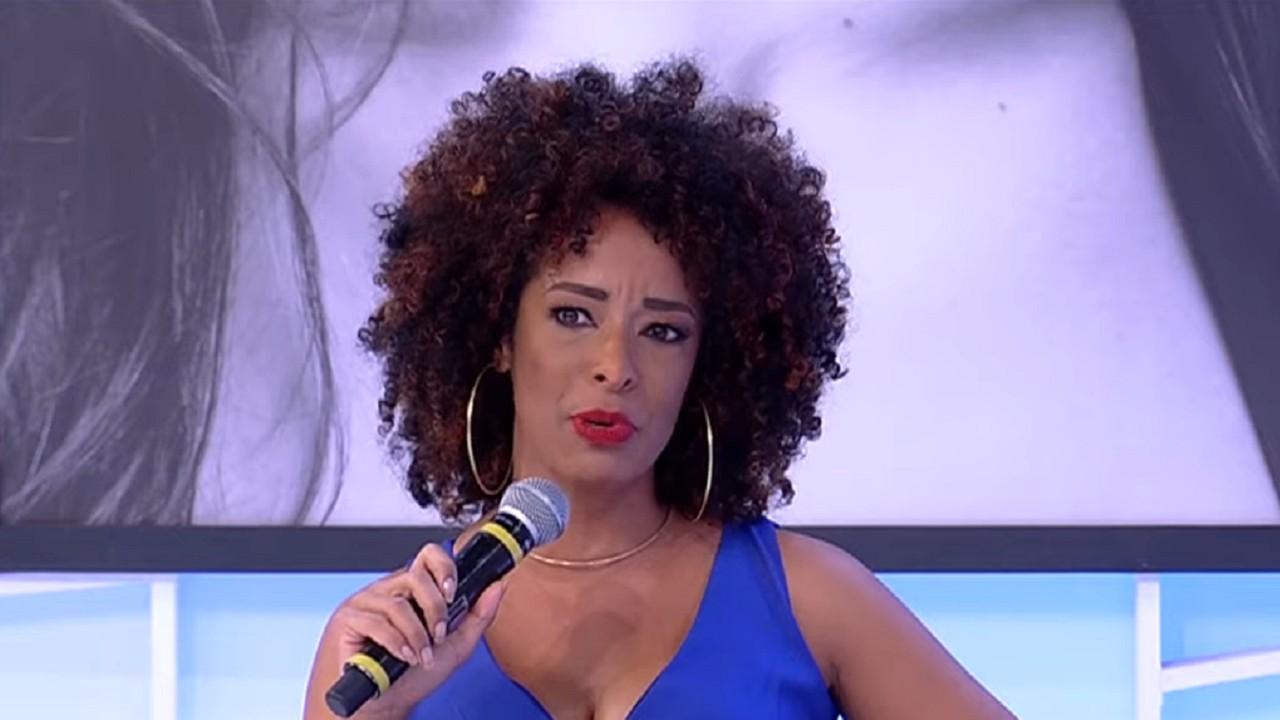 Alinne Prado no Sensacional