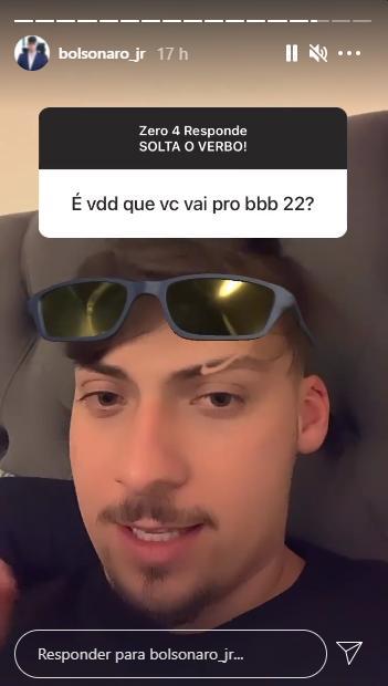 """Filho de Bolsonaro alfineta Globo sobre participar do BBB22: """"Se existir  até lá"""""""