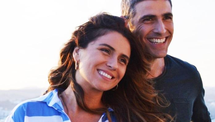 Giovanna Antonelli e Reynaldo Gianecchini em cena do filme S.O.S. Mulheres ao Mar, de 2014