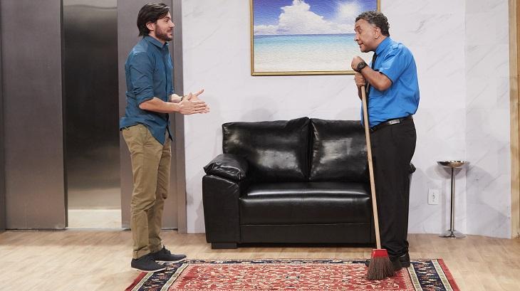 """Ricardo Tozzi entra para o Vai Que Cola e defende humor: \""""Gosto do ridículo\"""""""