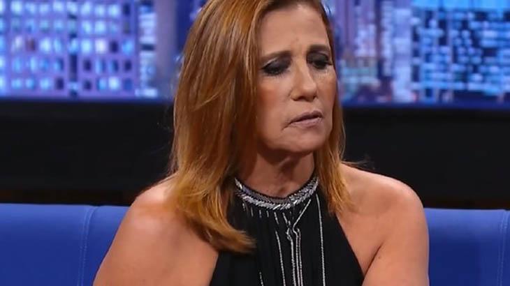 Rita Cadillac aparece séria em um programa de televisão