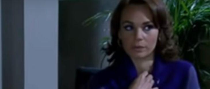 """Quando me Apaixono: Regina descobre farsa com DNA de Roberta: \""""Me enganou?\"""""""