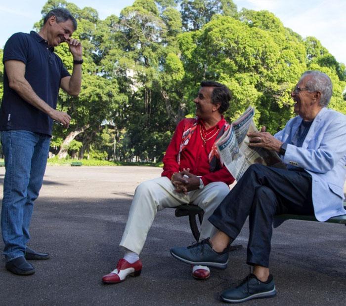 Paulinho Gogó lança filme com Carlos Alberto e fala da Globo