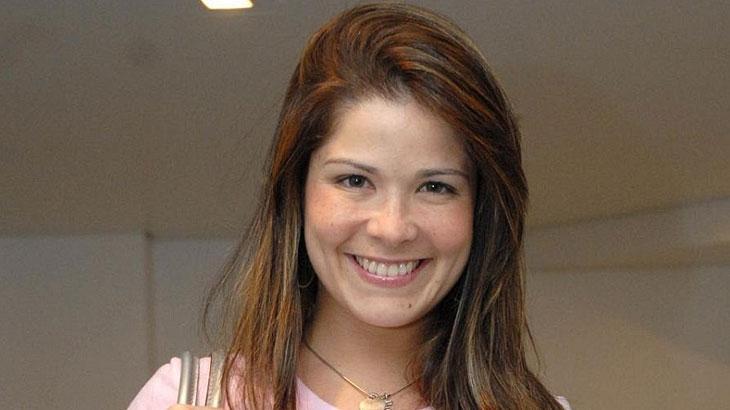 A atriz Samara Felippo