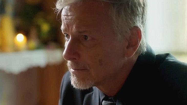 Marcello Novaes como Sampaio
