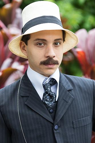 Confira as primeiras imagens de minissérie sobre Santos Dumont