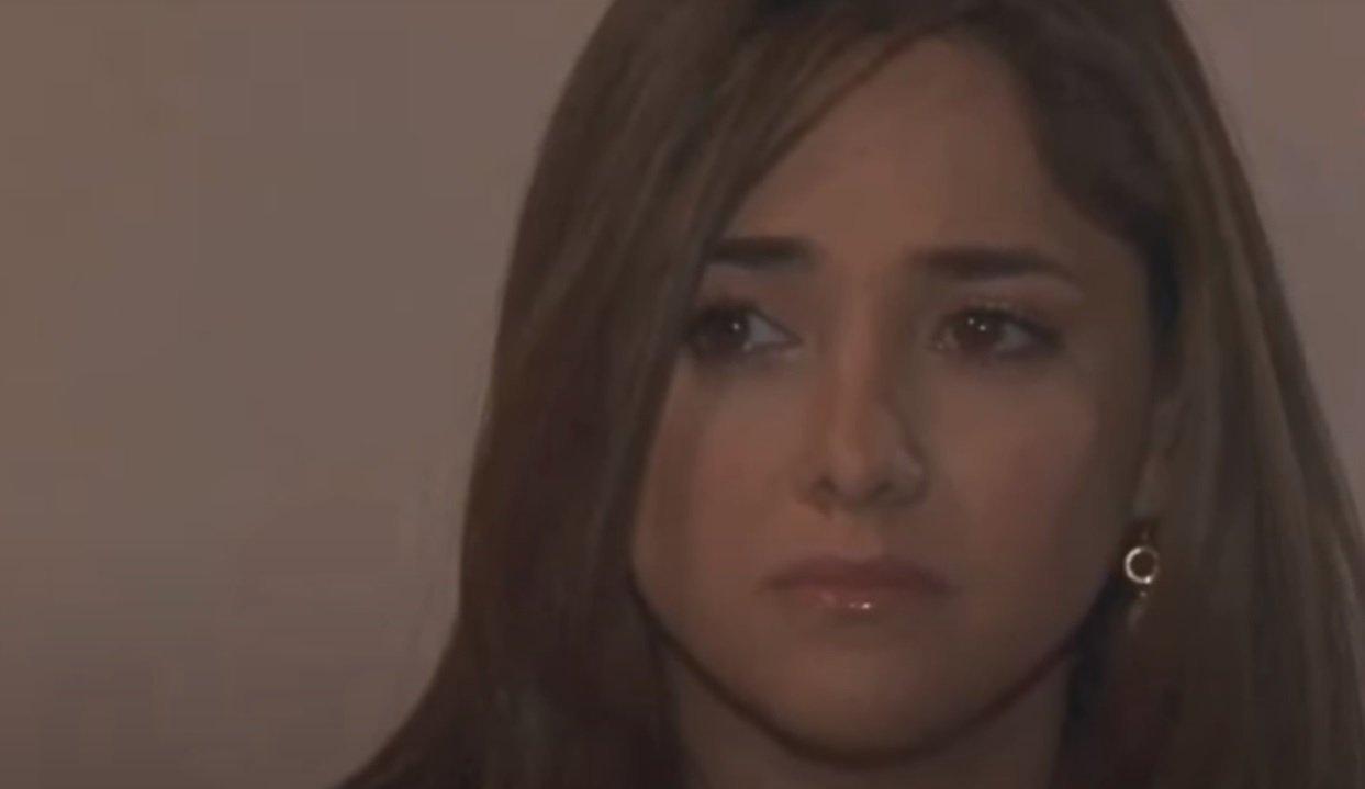Cena de Amores Verdadeiros com Liliana chorando