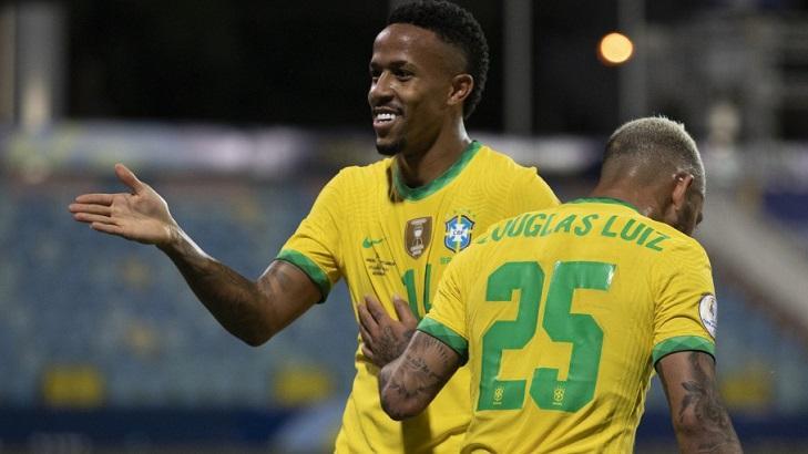 Eder Militão comemorando gol do Brasil na Copa América