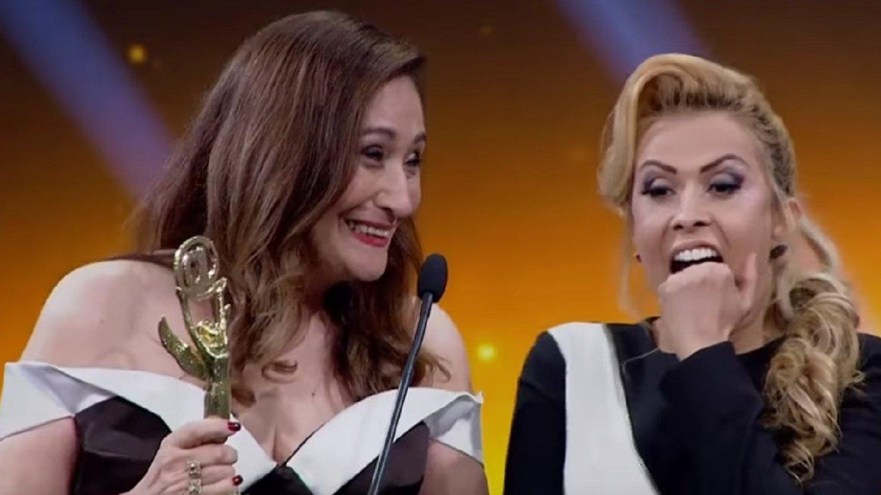 """Sônia Abrão detona Joelma por causa do Calypso: \""""Cara de pau\"""""""