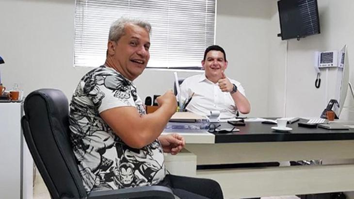Sikêra Jr. assina contrato com afiliada da RedeTV! na Paraíba