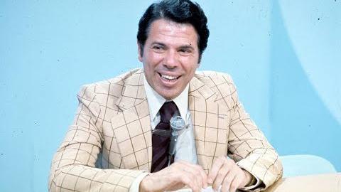 """Há 45 anos, Globo \""""sabotou\"""" Silvio Santos, que estava de malas prontas para trescanais"""