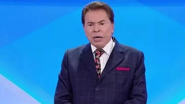 Silvio Santos em sue programa no SBT
