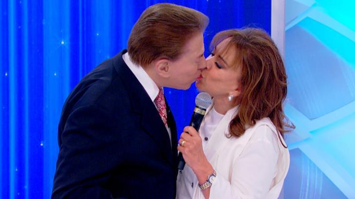 """Silvio Santos resgata \""""Pião da Casa Própria\"""" e beija Íris Abravanel neste domingo"""