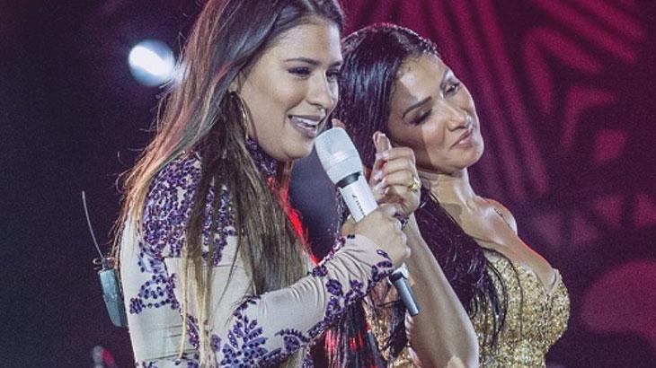 Simone e Simaria cantam durante apresentação