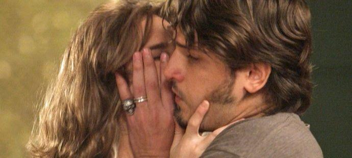 Totalmente Demais: Rafael desmascara Sofia na frente dos pais