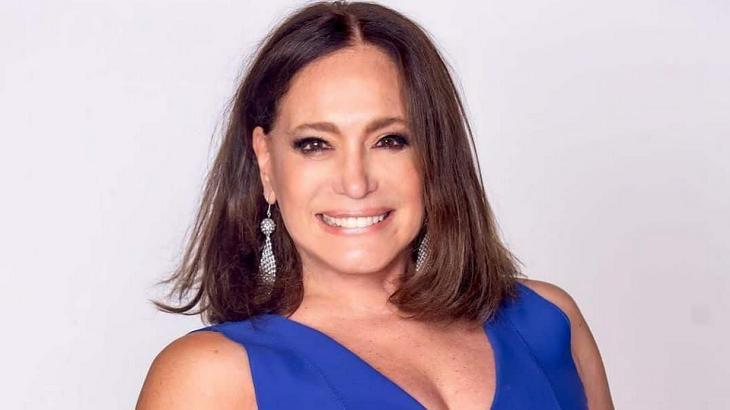 Susana Vieira sorrindo