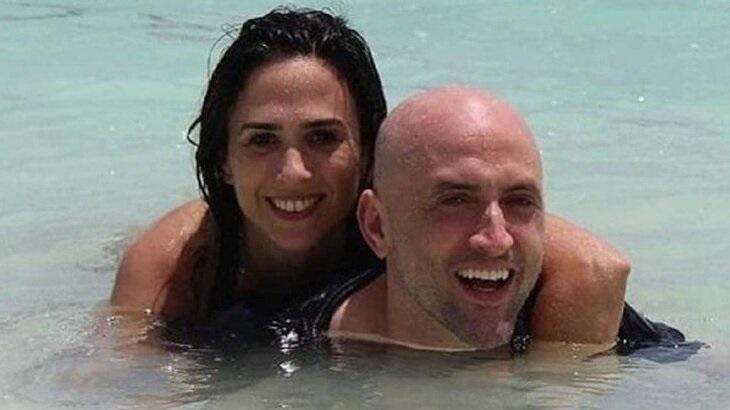 Tatá Werneck e Paulo Gustavo posam no mar