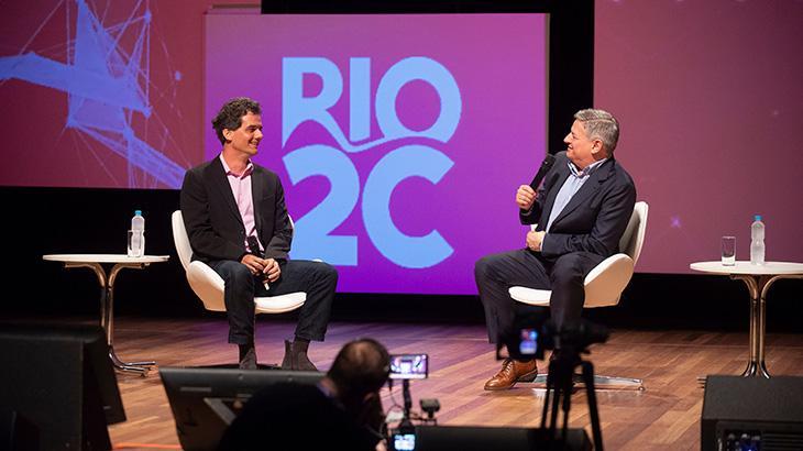 """Na \""""Rio2C\"""", Netflix anuncia novos projetos e apresenta série zumbi com Sabrina Sato"""