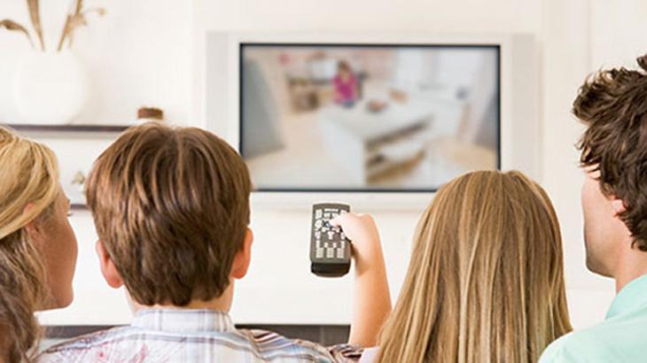televisao-jovens-ilustracao_a32f763b699b9d76efe8e4adf62cd0ef629b2375.jpeg