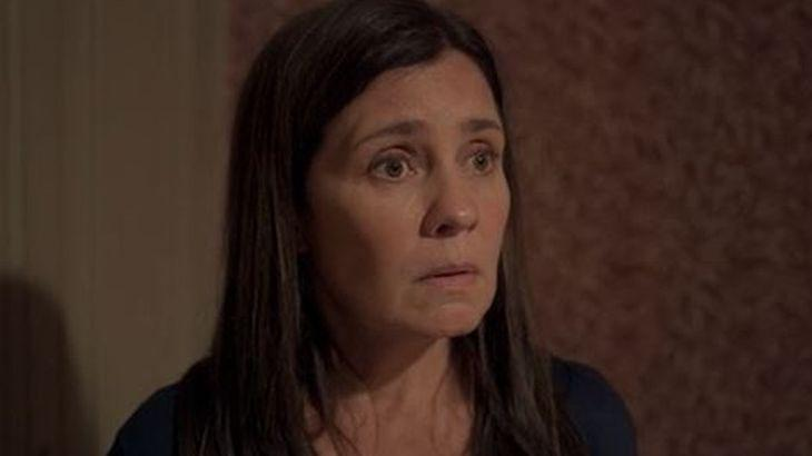 Amor de Mãe: Danilo descobre pista sobre Lurdes e questiona Thelma