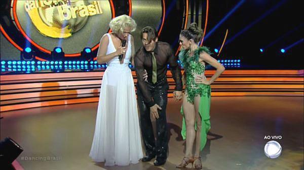 """Theo Becker está fora do \""""Dancing Brasil\"""" e terá que operar o joelho"""