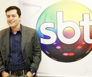 """Exclusivo! Tiago Santiago comemora resgate de novelas e diz: \""""tinha deixado para bombar no SBT\"""""""