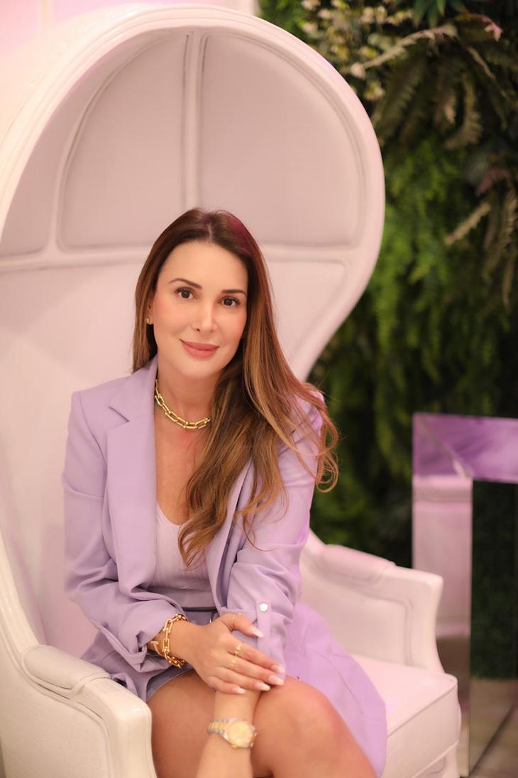 Conheça a empresária Tonya, dona da maior clínica de estética brasileira nos EUA