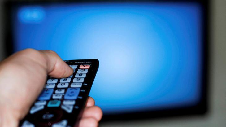 """Ex-CEO do Grupo Silvio Santos defende entrada de capital estrangeiro: \""""TV aberta está quebrando\"""""""