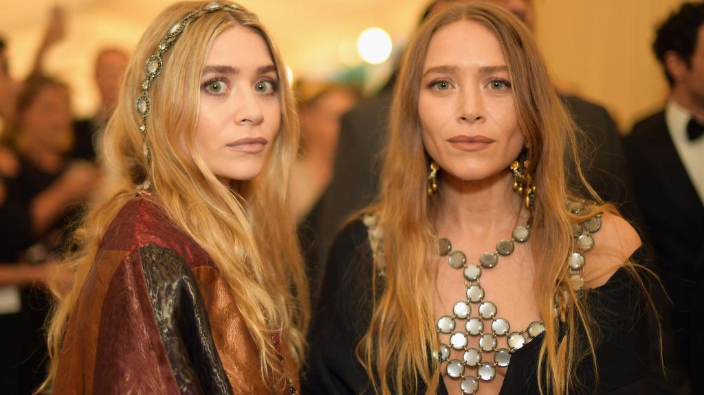 Gêmeas Olsen com 33 anos
