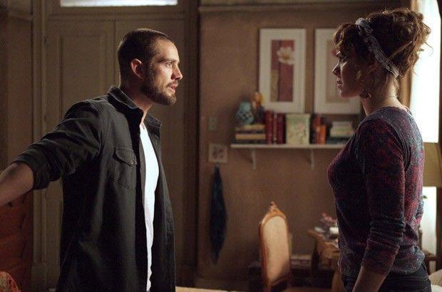 Império: Cristina joga namorado nos braços da irmã