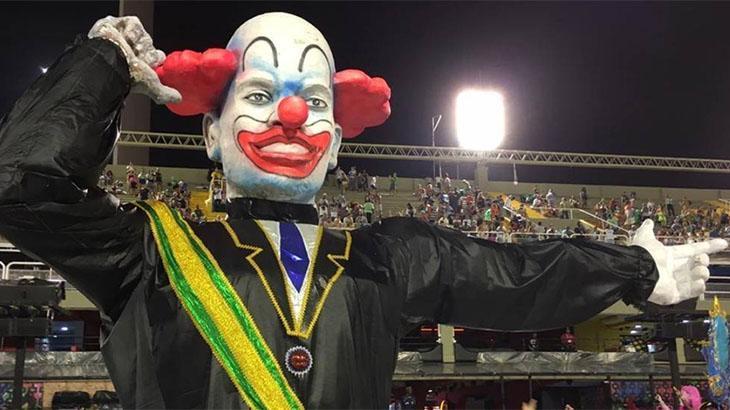 Bozo 40 anos: Palhaços relembram perrengues e comentam apelido de Bolsonaro