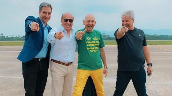 Lacombe, Marcelo, Hang e Sikêra Jr. em Brusque