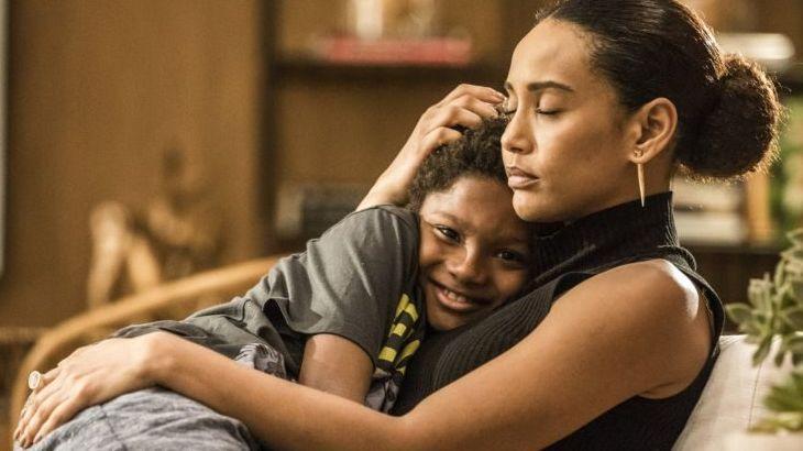 Amor de Mãe: Salva por Álvaro, Vitória pode perder o filho adotivo