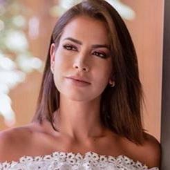 Adriana Sant'Anna