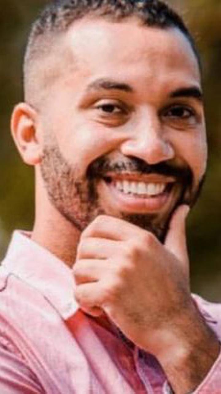 Gilberto sorridente